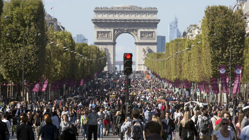 World-Wide City Designers Move To Car-Free Trends